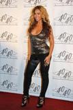 th_40337_celebrity_paradise.com_TheElder_Beyonce2010_03_02_Jay_ZMadisonSquareGarden5_122_1033lo.jpg