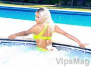 Nicki Minaj 08 nip slip wardrobe malfunction video clip