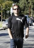 David em um almoço com um amigo no Avotre Sante em Brentwood - CA Th_38734_David_Duchovny_out_and_about_in_LA_CU_ISA_22_122_180lo