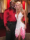Kym Johnson Warren Sapp's partner from recent Dancing with the Stars: Foto 14 (Ким Джонсон Уоррен Сапп партнера из последних 'Танцы со звездами: Фото 14)