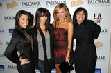 th_03447_Kim_Kardashian_2008-12-08_-_A_Night_For_Change_benefiting_Alternative_Intervention_Models_in_LA_8128_122_552lo.jpg