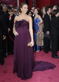 http://img214.imagevenue.com/loc568/th_99818_Celebutopia-Jessica_Alba-80th_Annual_Academy_Awards_Arrivals-04_122_568lo.jpg