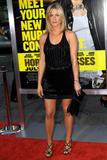 th_11519_JenniferAniston_HorribleBossespremiere_Hollywood_300611_027_122_684lo.jpg