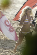 http://img214.imagevenue.com/loc814/th_913375848_Preppie___Lorraine_Nicholson_on_Soul_Surfer_set_in_Hawaii___Feb._3_2010_013_122_814lo.jpg