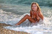 avErotica Mira - White bikini  i1o8c1hn4e.jpg